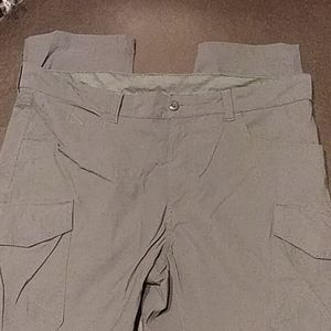Eddie Bauer pants/zip off to shorts
